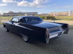 Cadillac-Coupe Deville-2