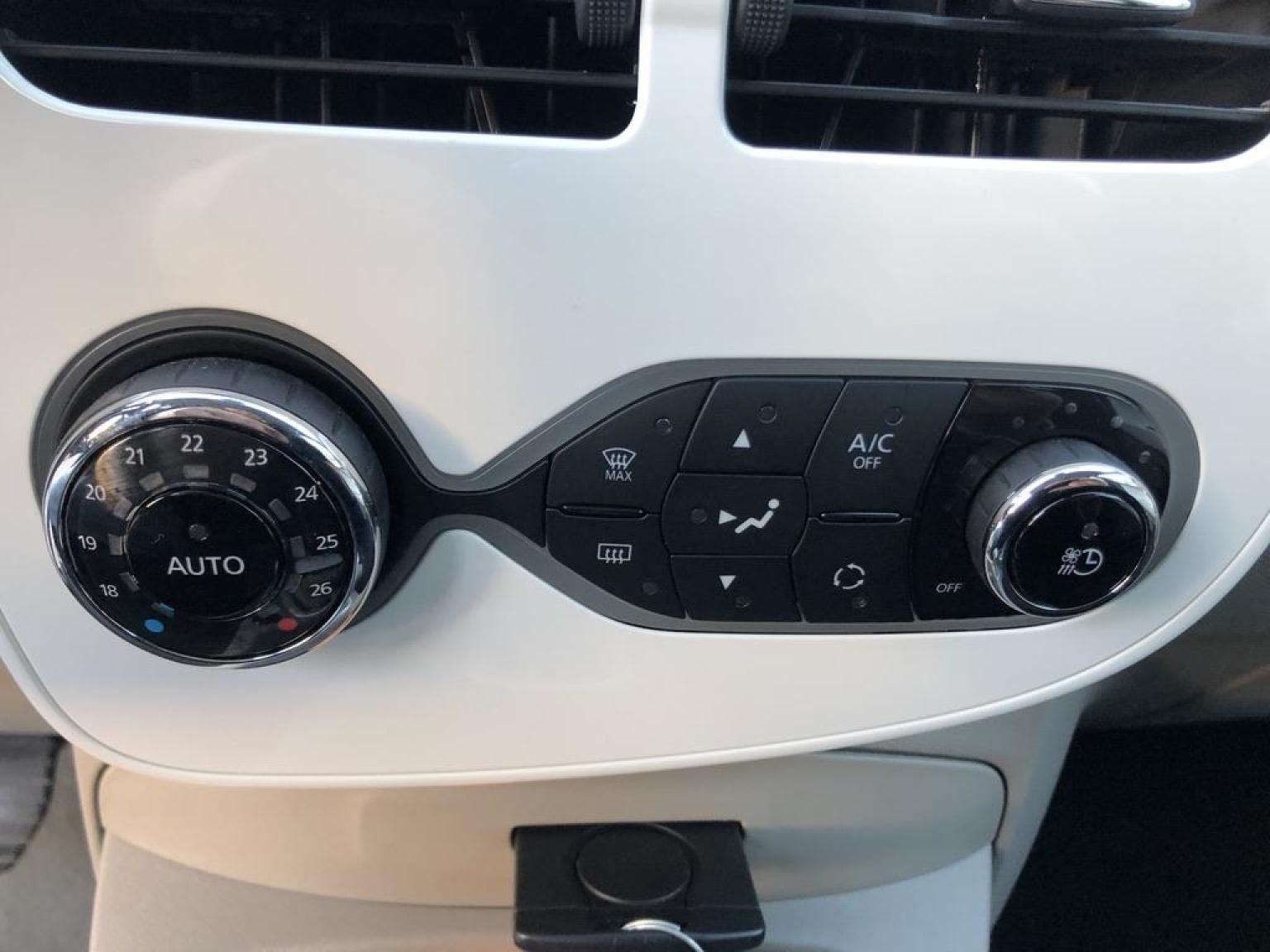 Renault-ZOE-21