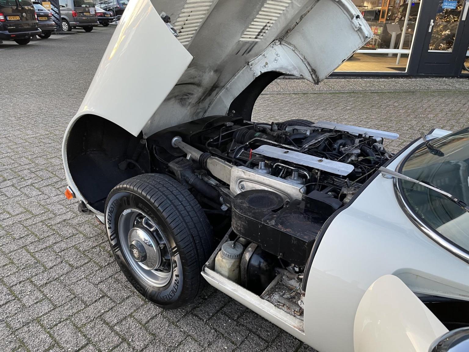 """Jaguar-""""E"""" Type-25"""