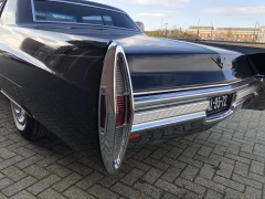 Cadillac-Coupe Deville-14