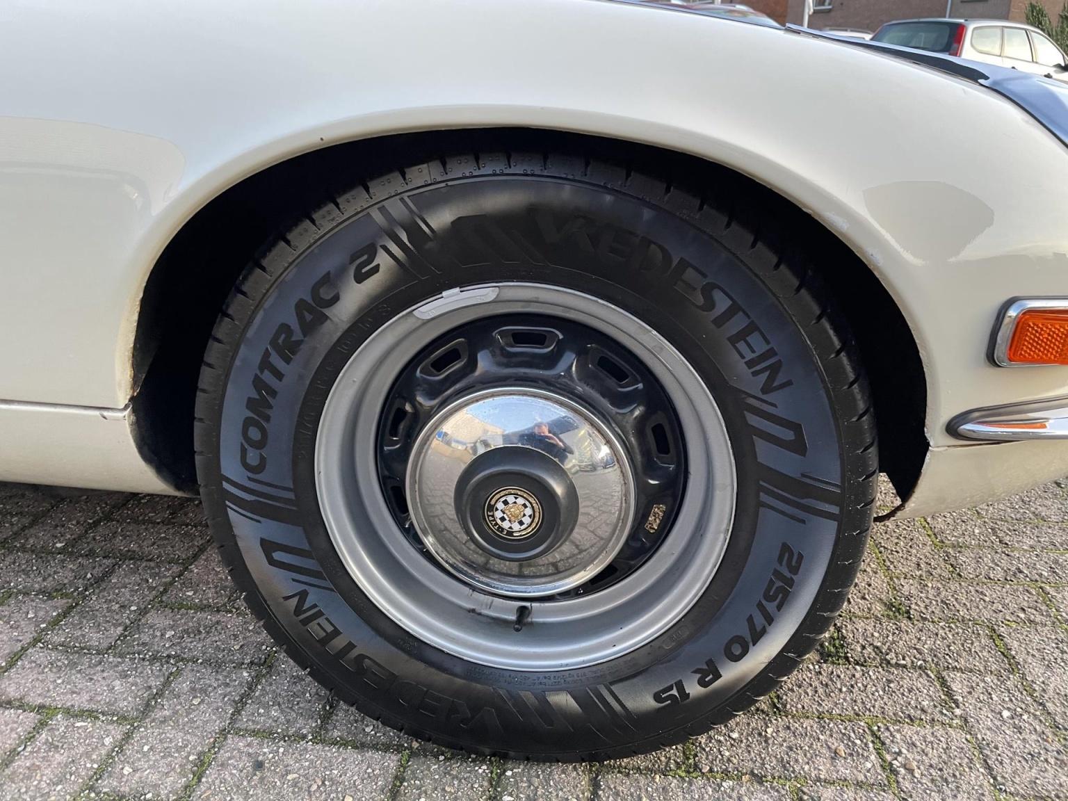 """Jaguar-""""E"""" Type-11"""