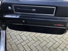 Cadillac-Coupe Deville-32