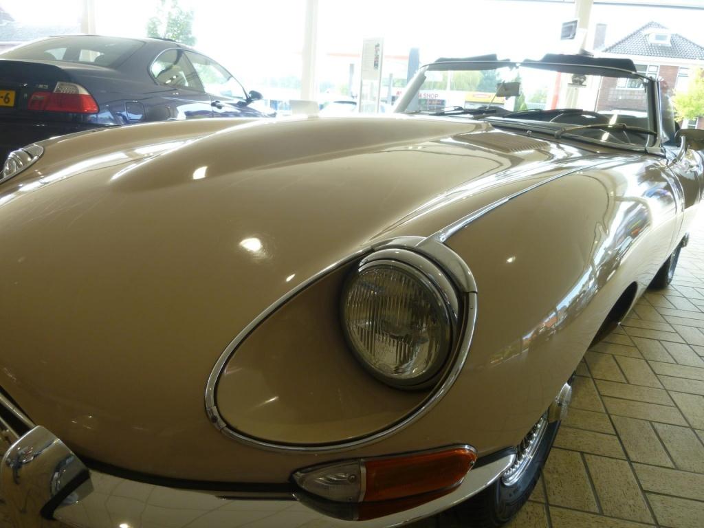 Jaguar-E-type 4.2 l-thumb