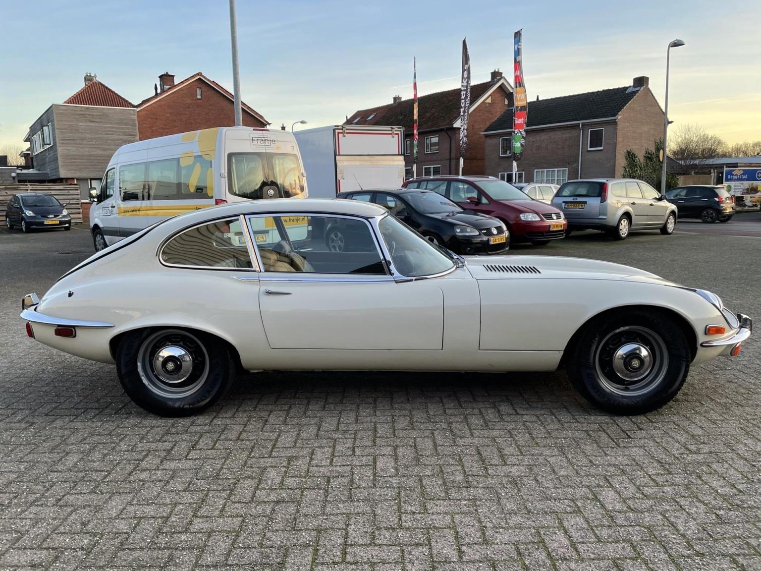 """Jaguar-""""E"""" Type-13"""